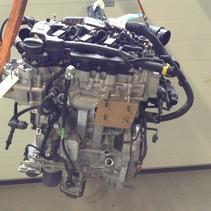 Peugeot 1.2 turbo Motor 110 PK met motorcode HN01 (HNZ) Grijze peilstok