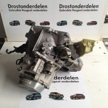 Peugeot 2008 1.2 THP gearbox with gearbox code 20ET29
