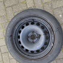 Spare wheel 195/60/16 Good year for a Peugeot stitch size 4 x108 16 inch axle hole 65.1