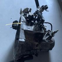 Versnellingsbak peugeot 206cc 16 hdi versnellingsbakcode 20DM73
