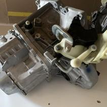 Versnellingsbak  peugeot 308 1.6 e HDI diesel  versnellingsbakcode 20ET47