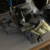 Gearbox Peugeot 2008 1.6 Bleu hdi 100 gearbox code 20ET28