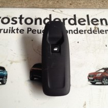 Window Switch Right-Front 98242560ZD Peugeot 2008