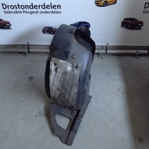Front wheel arches, right with part number 9673797180 peugeot 208