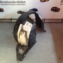 Front wheel arches, right with part number 967763908A / 967881128A peugeot 2008