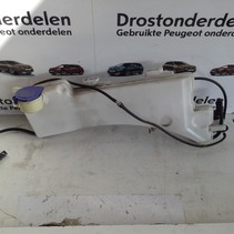 Ruitensproeier reservoir 9826400780/9810819180 Peugeot 3008 P84E