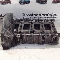 Ölwanne mit Teilenummer unter Block 9685737310 Peugeot 308 T9 1.6 Blue HDI (BHZ)