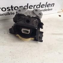 Engine mount 980138380/9681706580 Peugeot 2008 1600 VTI