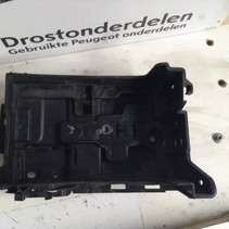 Battery box 9676054080 Peugeot 208