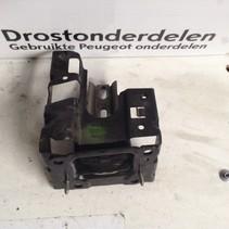 Engine mount 9807450680/9810216980 Peugeot 208