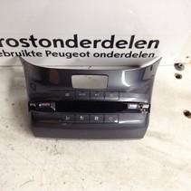 Airco Display 96722471TX Peugeot 208 (Kleur Grijs)