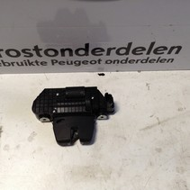 Tailgate lock mechanism 9694648680 Peugeot 208
