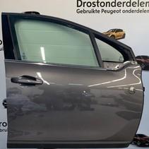 Door 4-door Right -front Peugeot 2008 Color code EVL
