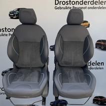 Set  stoelen crossway peugeot 2008  + deur panelen