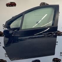 Portier 4Deurs links-voor van een Peugeot 208 kleurcode KTV  zwart  9807820780