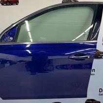 Door 4-door, front left of a Peugeot 308 T9 1610102080 color code EEC blue