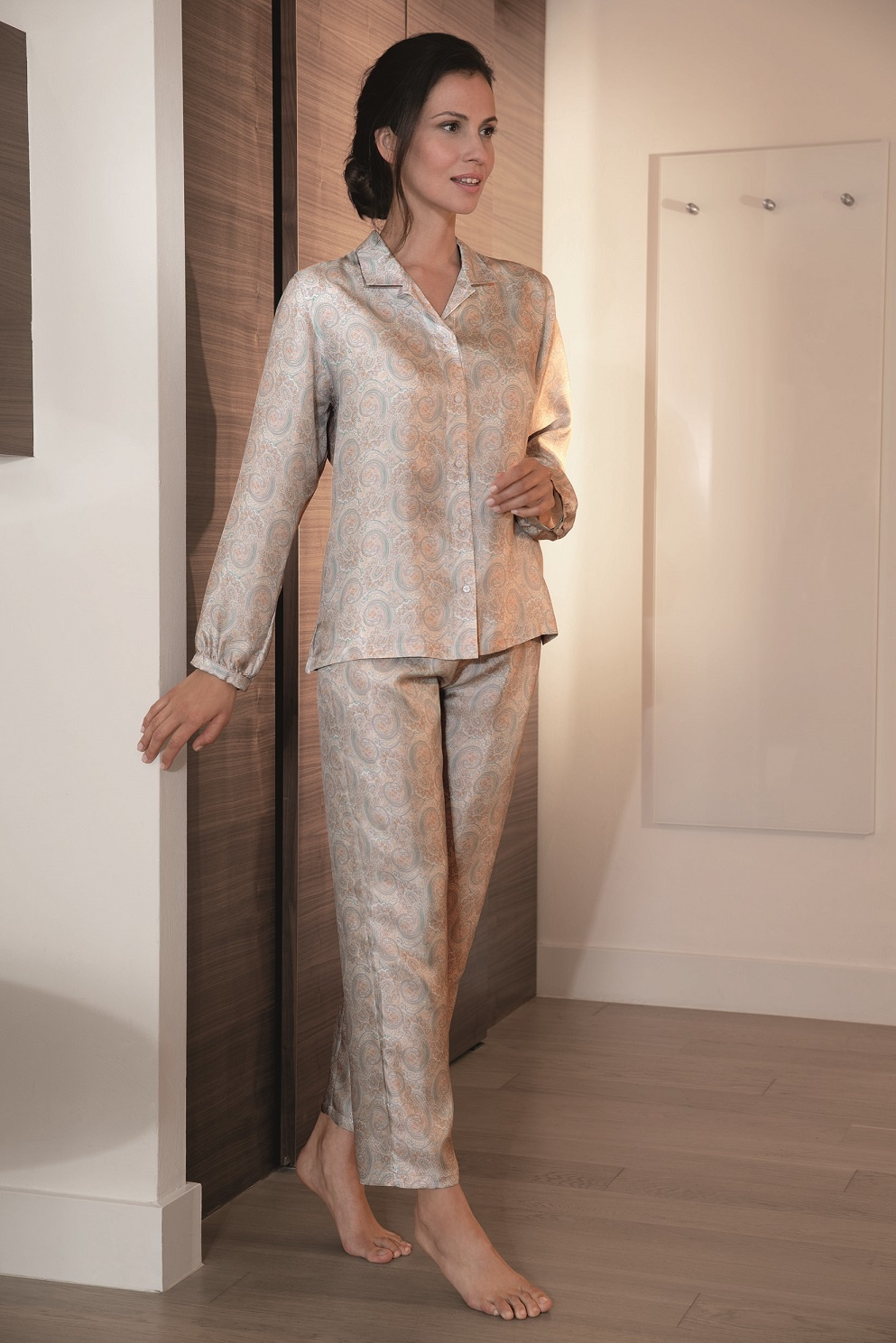sale retailer c561f 82ea4 Damen Schlafanzug Seide Novila Pyjama 100% Seide Damen Textile Träume