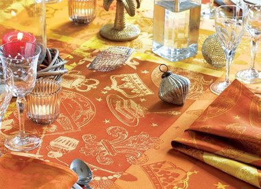 Tisch & Küche