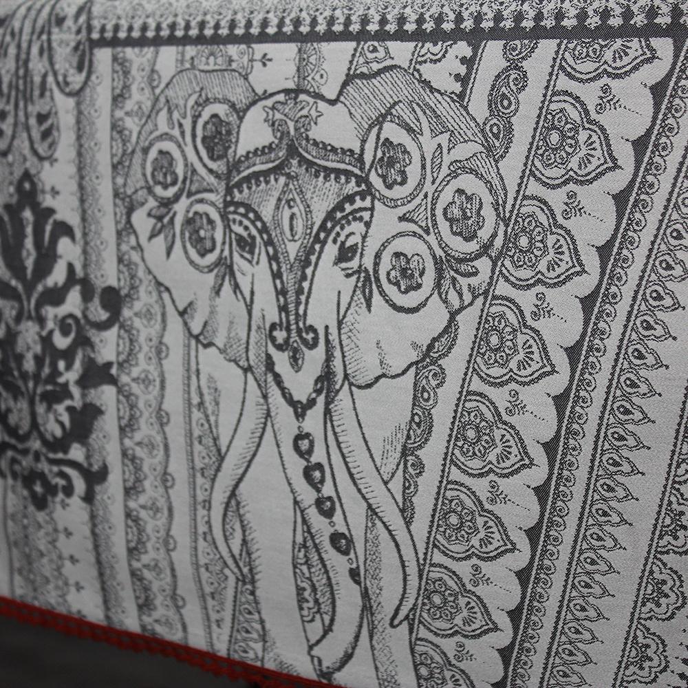 Garnier Thiebaut  Garnier Thiebaut Tischdecke Jodhpur noir - Fleckversiegelung