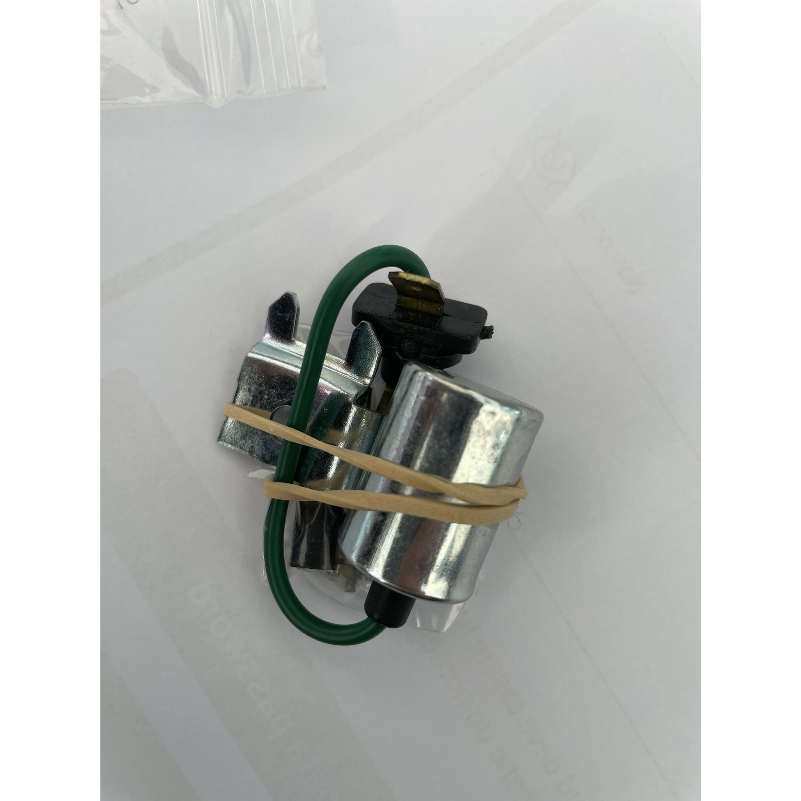 Condensateur Bosch Nr Org: DX211208A