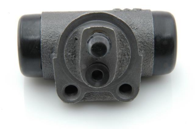 Remcilinder achter berline LHM & LHS Nr Org: DXN45305