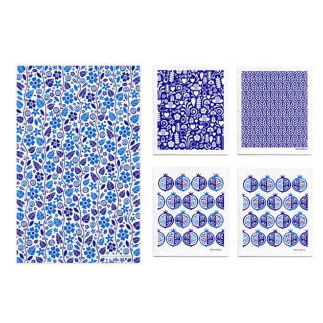 Kitchen textile set leaves and flowers blue