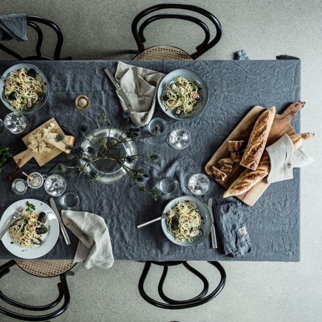 Linen Table cloth Misty Dawn 145 x 300 cm