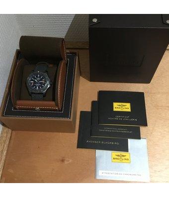 Breitling Horloge Avenger 44mm Blackbird Diamonds V17311AT/BD74