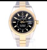 Rolex Horloge Oyster Perpetual Professional Sky-Dweller 326933OCC