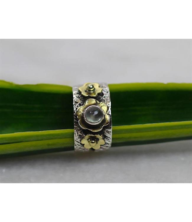 Josephina Prehnite flower - sterling silver ring