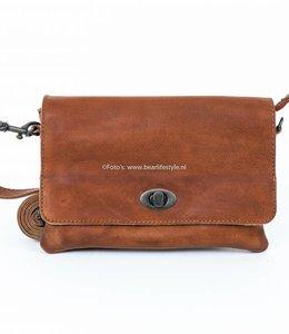 Bear Design Umschlagtasche 'Amia' - CP 4917 Cognac