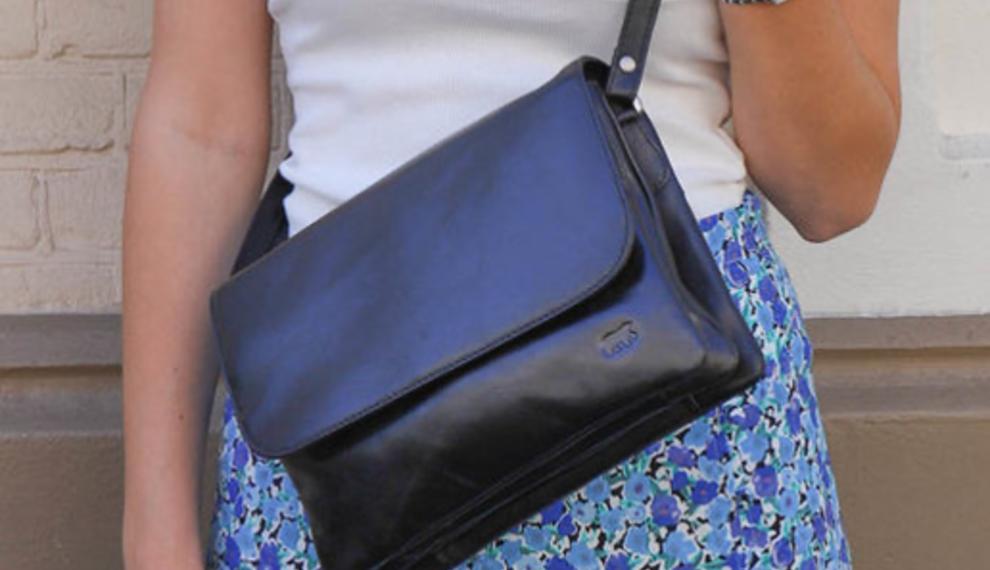 Een absolute musthave: de schoudertas!