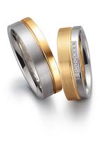 Gettmann Trouwringen - Wit en geel goud - 8048,60 mm - 7 briljanten = 0.035 ct