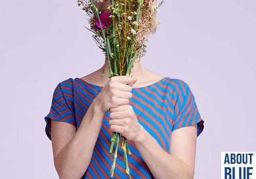 About Blue Fabrics Viscose - Breeze Dia