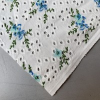 Tricot Broderie Blue Flowers