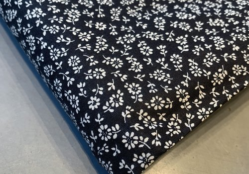 Cotton mini flowers black