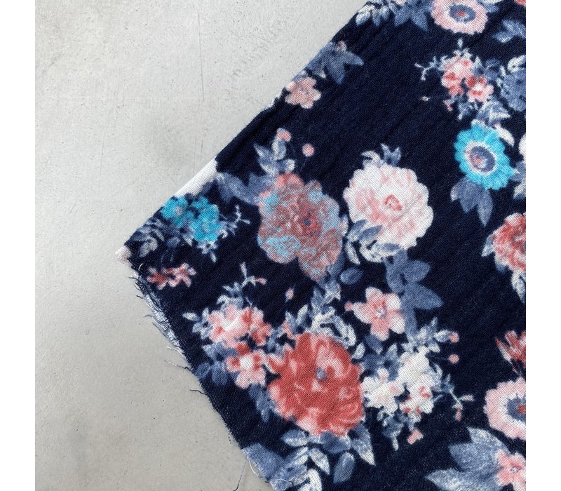Double Gauze Tetra dark blue flowers