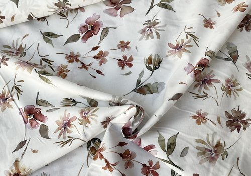 FF Cotton Off white Soft Flowers