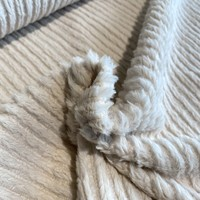 Faux-Fur Fine stripes Ecru