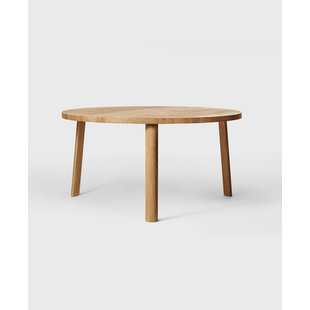 Ease Dining Table Three Legs