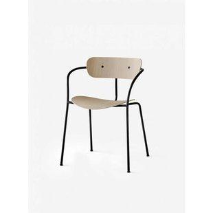 Pavilion Chair AV2 blank eiken showroommodel