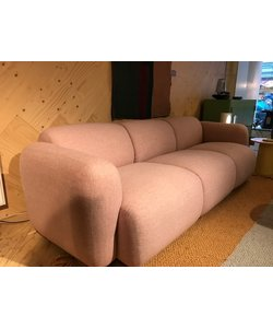 Swell Sofa showroommodel 3 seater  Synergy rose (in optie)