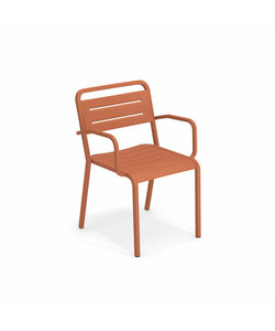 Urban Chair maple red Showroommodel