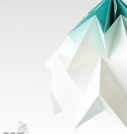 Studio Snowpuppe Moth XL gevouwen papier origami lamp mint