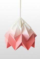 Studio Snowpuppe Moth gevouwen  papier origami lamp gradient koraal