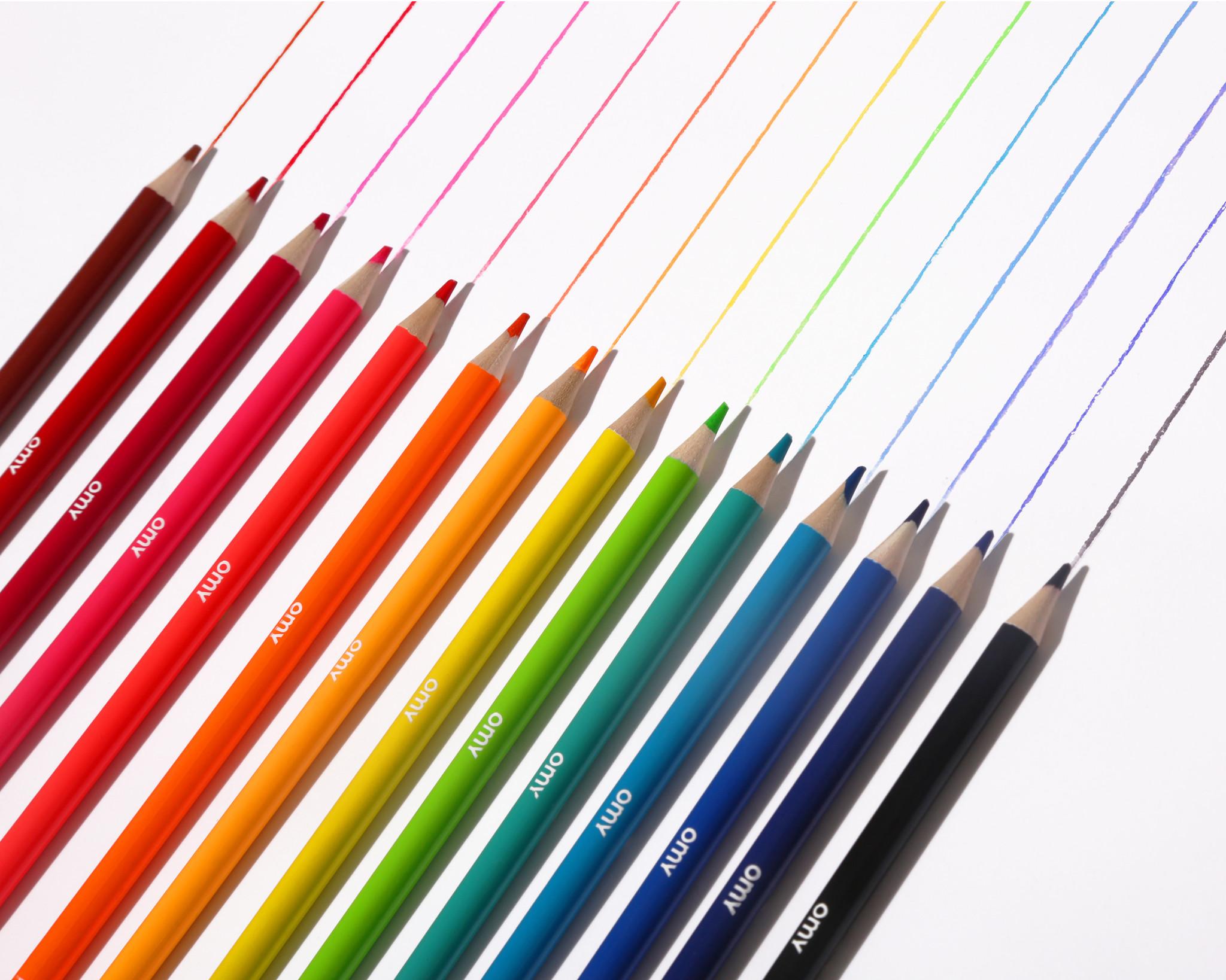 Omy Doos met 12 kleurpotloden
