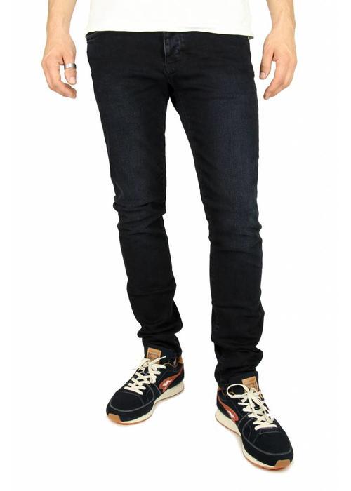 Neuw Neuw Jeans Iggy Skinny Collider