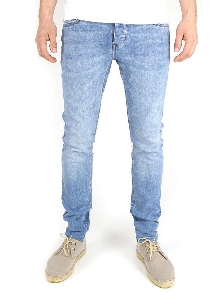 Neuw Jeans Iggy Skinny Island