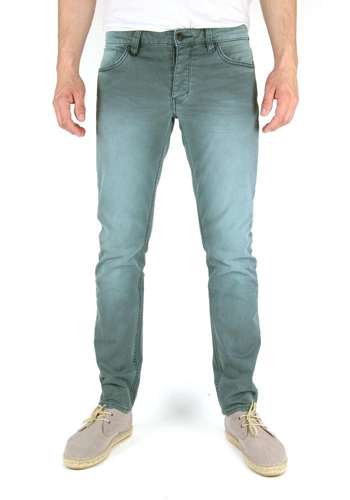 Neuw Jeans Lou Slim Sage