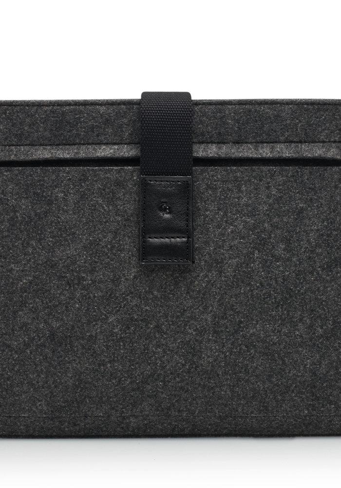 Castelijn & Beerens 64 9677 ZW MacBook Air Cover 13' Zwart